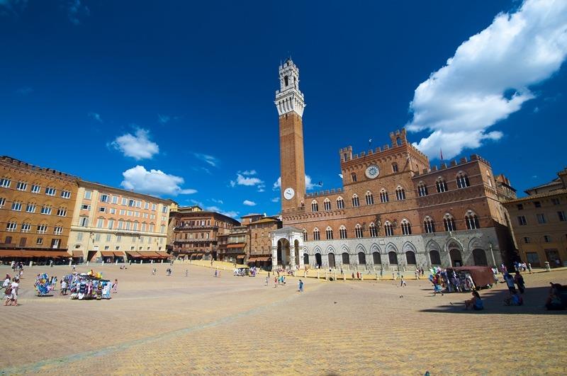 Piazza del Campo (Foto: shutterstock.com)