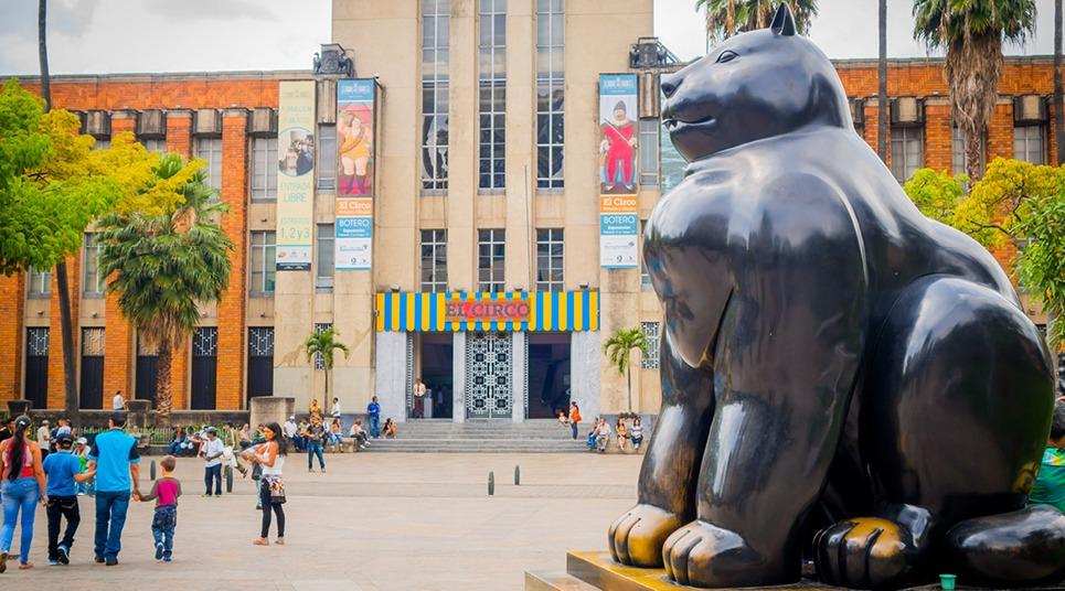 Medellín-Plaza-Botero