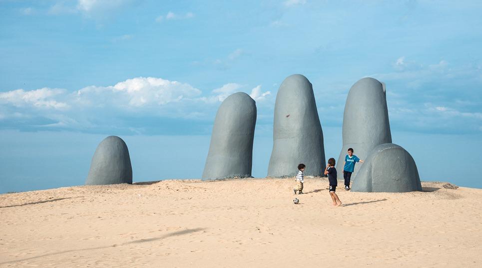Mano de Punta del Este (Foto: shutterstock.com)