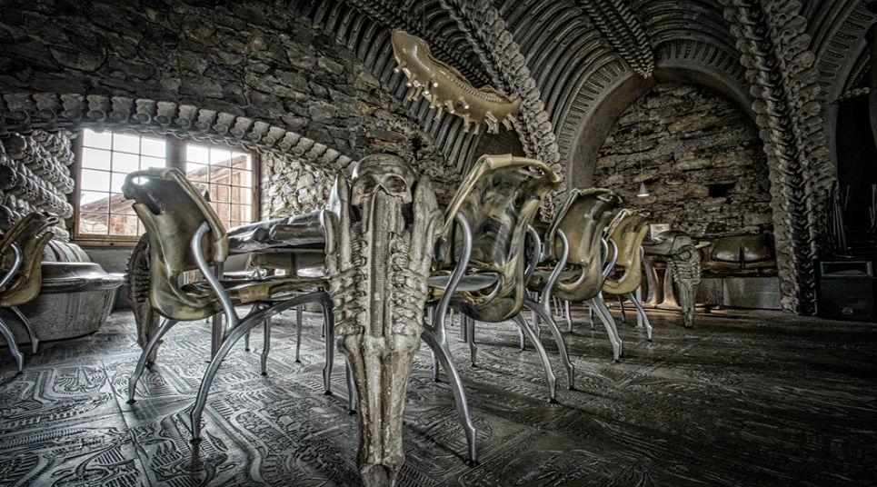 Além do bar, o local também possui um museu inspirado na obra (foto: divulgação)