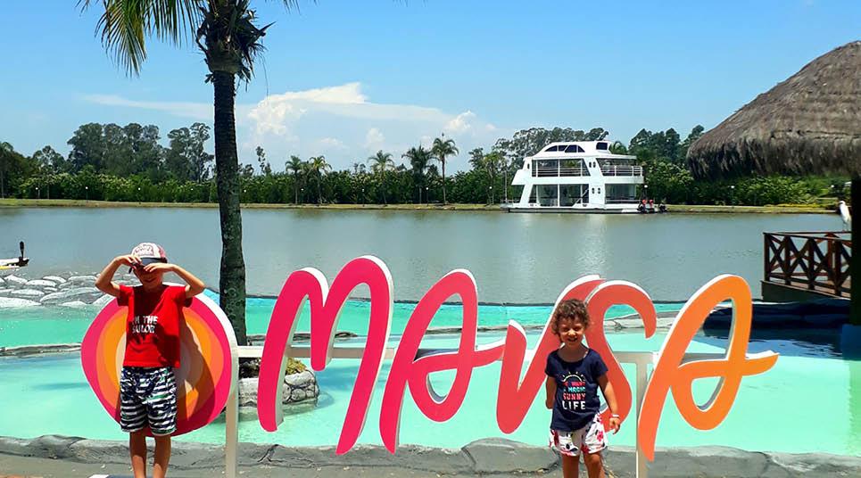 Um sol estilizado marca a nova identidade visual do resort ( foto: Tarcila Ferro)