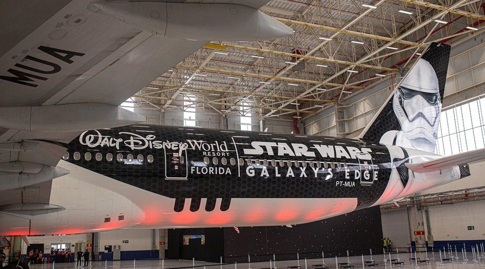 Avião da Latam com o tema Star Wars