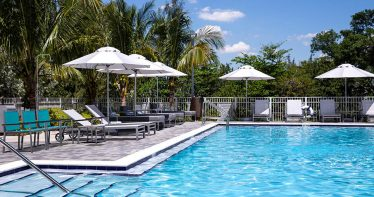 Piscina do Even Hotel Miami-Airport