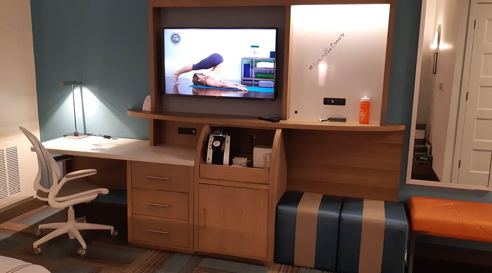 A TV com programação fitness do hotel