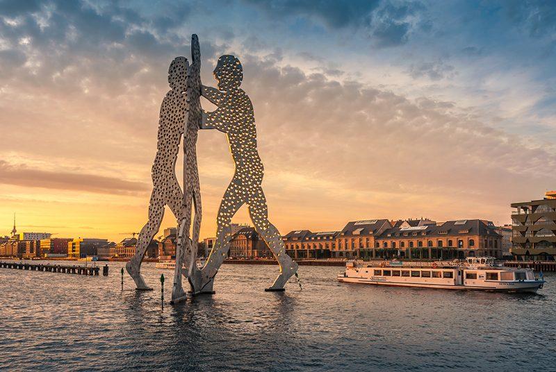 A escultura Molecule Men