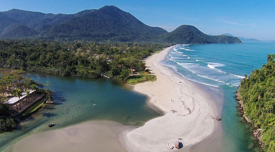 Vista aérea do Itamambuca Eco Resort