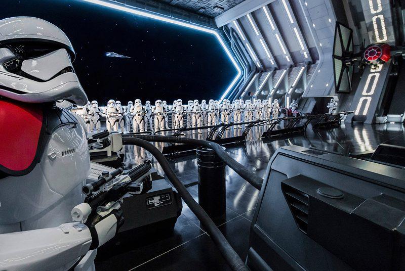 Stormtroopers na nova atração Rise of The Resistance
