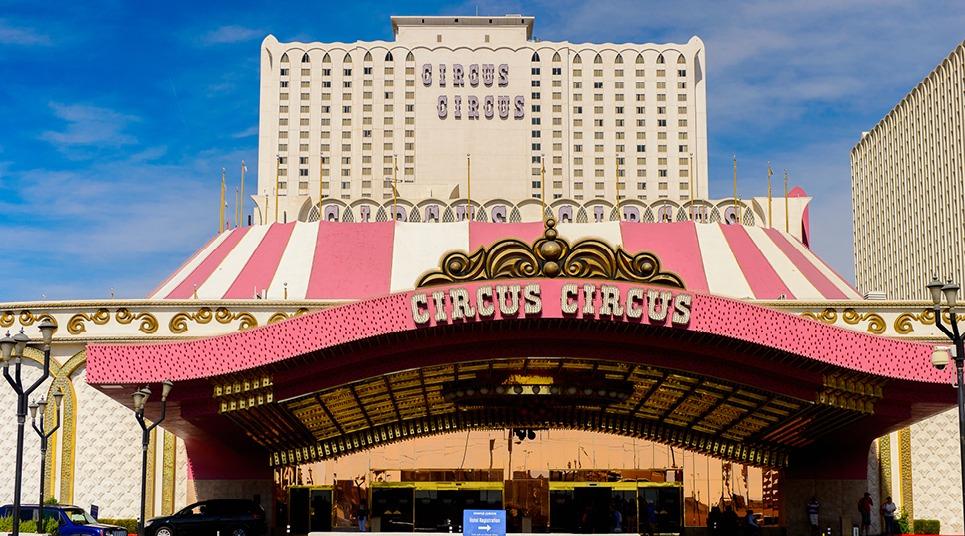 Fachada do hotel Circus Circus