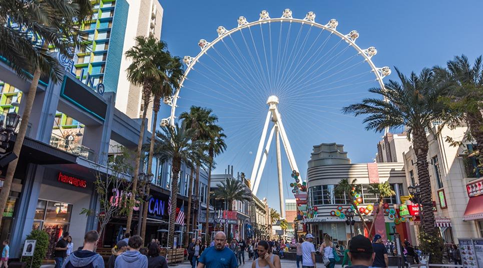 Que tal ver a cidade do alto na High Roller Vegas?