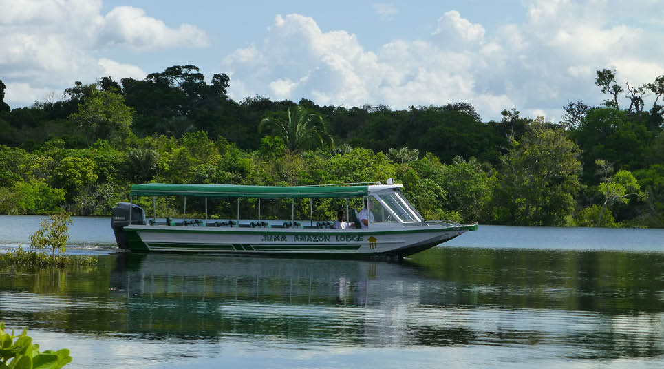 Barco de transfer do Juma Amazon Lodge