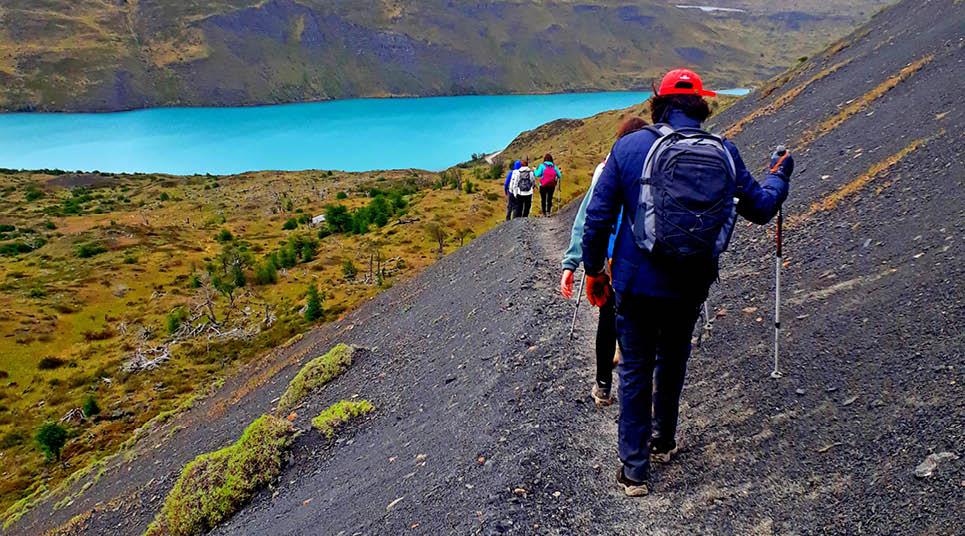 Trekking no Paso de Agostini
