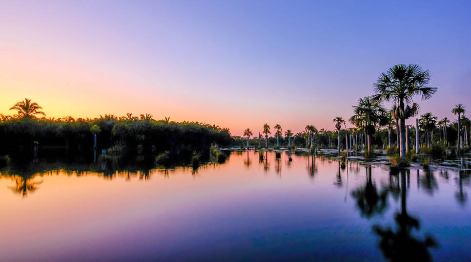 Lagoa das Araras ao pôr do sol