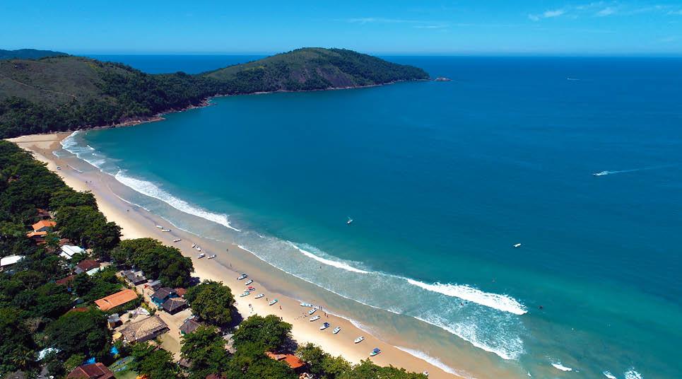 Vista panorâmica do mar em Paraty