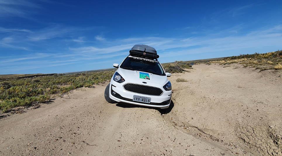 Gustavo caiu na estrada com seu Ford Ka 1.0 Flex