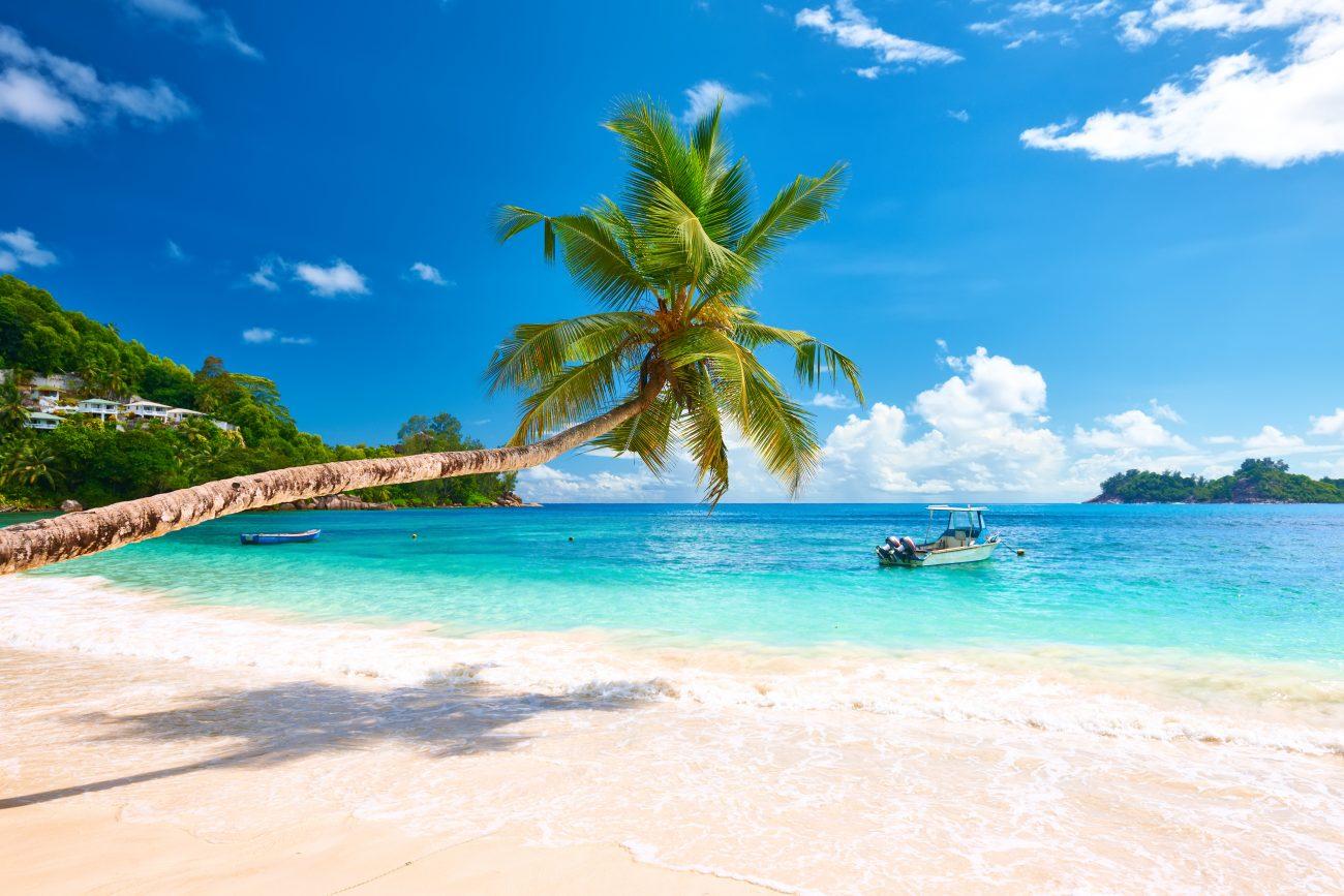 Praia em Mahé
