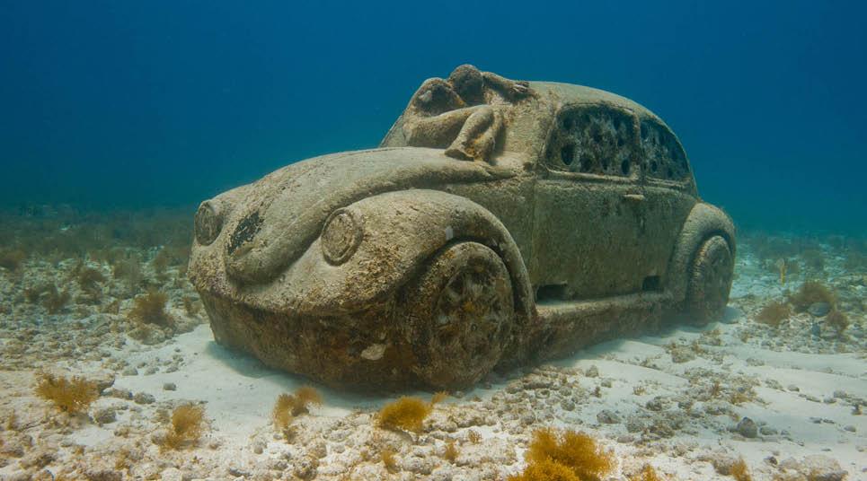 Museo Subaquático de Cancún