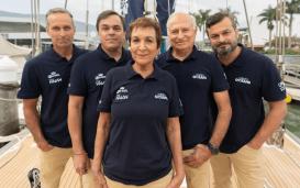 A família Schurmann se prepara para iniciar a expedição mundial Voz dos Oceanos, a bordo do veleiro Kat (foto: divulgação)
