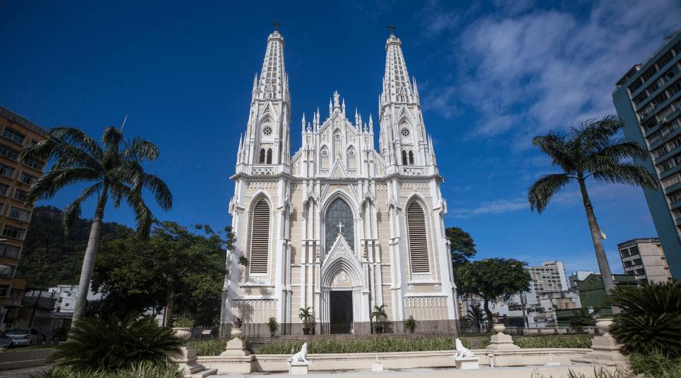 Entre as atrações históricas, está a Catedral Metropolitana (foto: divulgação)