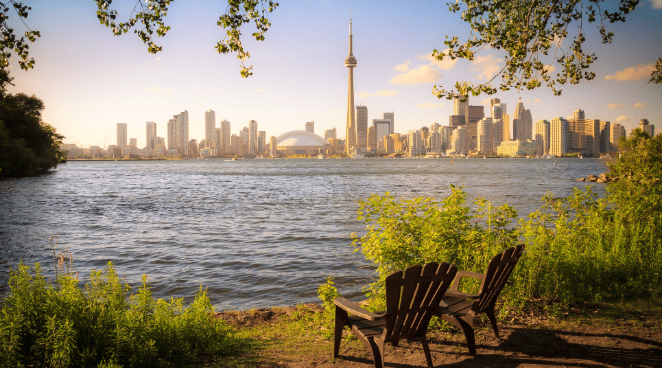 É possível admirar a natureza em diversos pontos, como no Lago Ontário, por exemplo (foto: shutterstock)